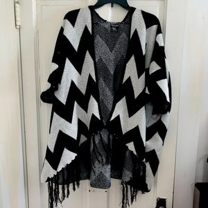 David and Young oversize shawl
